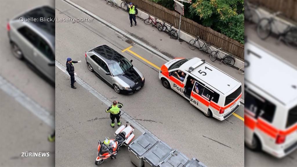 Audi-Fahrer flüchtet in Handschellen vor der Zürcher Stadtpolizei