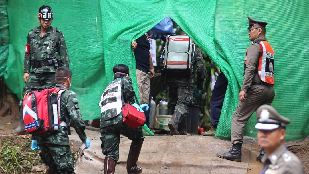 Höhlen-Drama Thailand: Rettung geht weiter