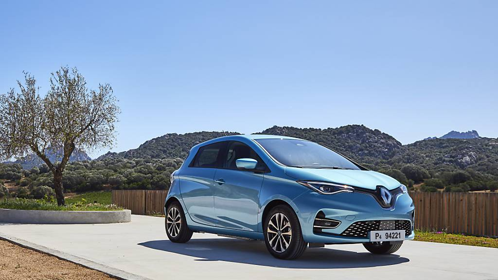 Renault fasst drei seiner Fabriken in Nordfrankreich für die Produktion von Elektroautos zusammen. In dem Werksverbund sollen bis 2025 jährlich 400 000 batteriegetriebene Autos von den Bändern laufen. Im Bild der Renaul Zoé. (Archivbild)