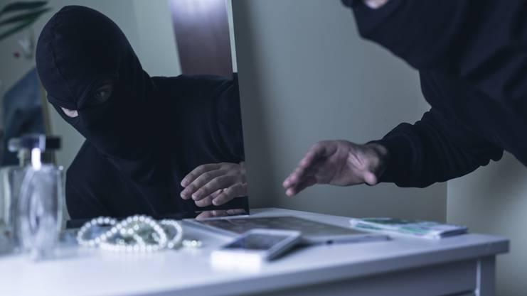 Gemeinden, welche gut an die Autobahn angebunden sind, sind bei Einbrechern speziell beliebt. (Symbolbild)