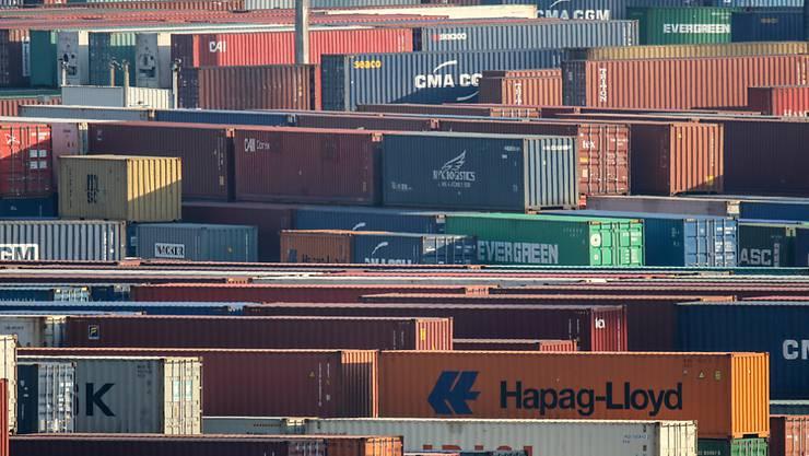 Schweizer Exporte brechen wegen Corona ein. (Archiv)