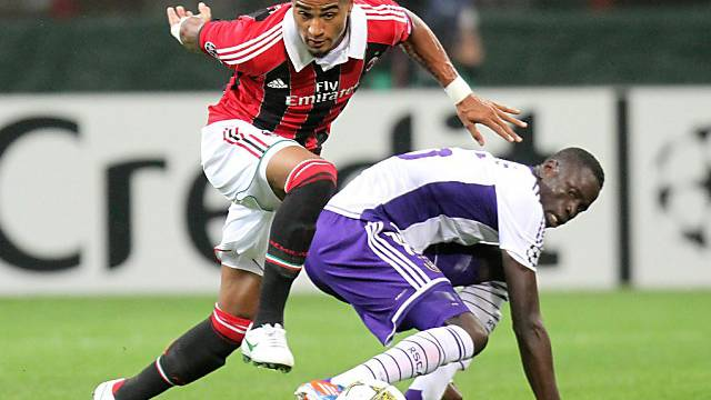 Symptomatisch: Milans Kevin-Prince Boateng bleibt hängen.