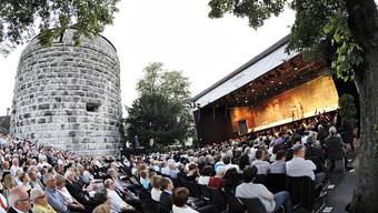Geht heute noch nicht: Opern auf der St. Ursen-Bastion hören.