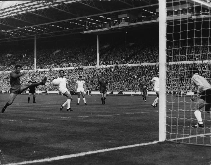 1968 besiegte Manchester United im Final des Europapokals der Landesmeister Benfica Lissabon 4:1. Die Entscheidung fiel in der Verlängerung. © Getty Images