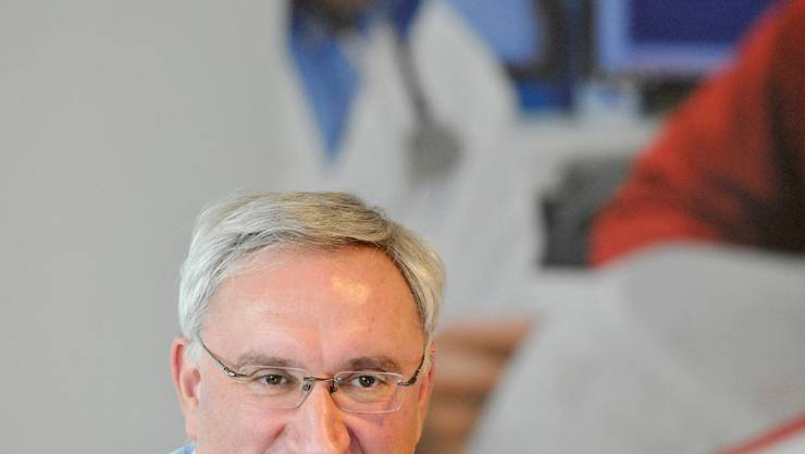 Jean Paul Clozel, CEO Actelion Pharmaceuticas, an der Medienorientierung in Zuerich am 18. Februar 2010.