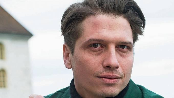 Der Theatermensch, der häufiger im Film zu sehen ist: Dimitri Stapfer, 32, hat aktuell zwei grosse Auftritte im Kino und Fernsehen.