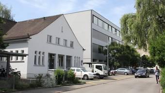 Dieser Standort ist in Gefahr: Die Schulliegenschaften des Berufs- und Weiterbildungszentrums (BWZ) an der Annerstrasse in Brugg.
