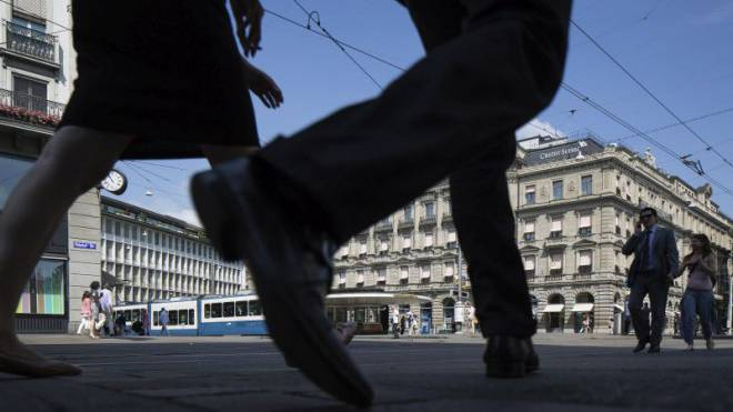 Teures Pflaster: Am Zürcher Paradeplatz kann es für Kunden der Banken rasch kostspielig werden. Foto: Keystpme/Gaetan Bally