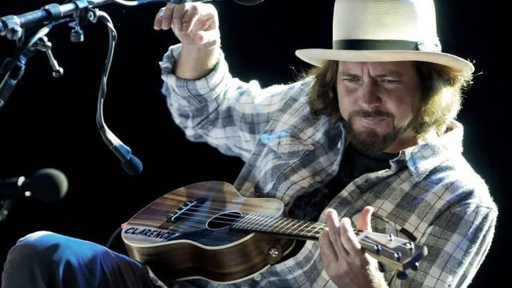 Will allen früheren Pearl-Jam-Schlagzeugern die Ehre erweisen: Frontmann Eddie Vedder. (Archivbild)