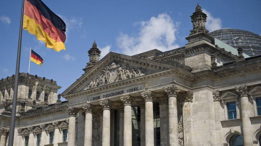 Deutschland hat gewählt: Die Christdemokraten von Bundeskanzlerin Angela Merkel haben die Bundestagswahl nach ersten Prognosen der deutschen Fernsehsender gewonnen. (Archivbild)