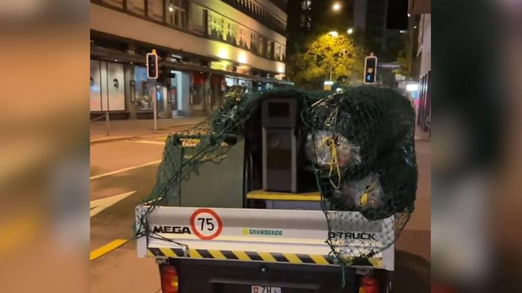 Unter Abfallsäcken versteckt: Blitzer-Aktion in Zürich sorgt bei Autofahrern für Unmut