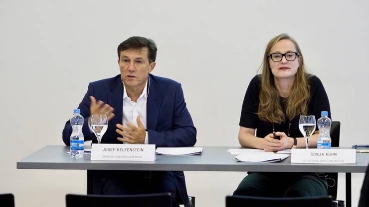 Erklärten die Betriebsanalyse: Museumsdirektor Josef Helfenstein und Sonja Kuhn, Co-Leiterin der Abteilung Kultur beim Kanton Basel-Stadt.