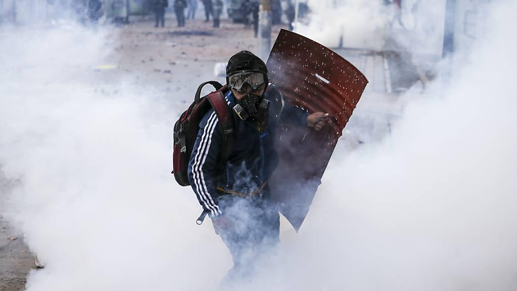 Nach mehreren Toten in Kolumbien: UN und EU rufen zu Dialog auf