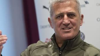 Vladimir Petkovic beäugt in Athen seine potentielle Russland-Crew