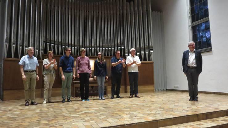 Sieben Organistinnen am Konzert mit dem Meister.