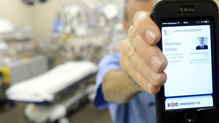 Ärztinnen und Ärzte müssen beim Umgang mit Sozialen Medien besonders aufpassen. (Symbolbild)