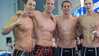 Vor allem dank Jérémy Desplanches (Zweiter von links) und auch der 4x200-m-Crawlstaffel der Männer waren es sehr erfolgreiche Weltmeisterschaften für Swiss Swimming