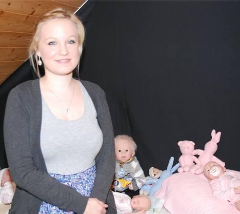 Die 23-jährige Reborn-Künstlerin Marina Wieser aus Frick.