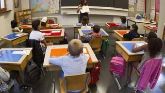 Die Lehrerschaft fühlt sich als Spielball der Politik (Symbolbild)