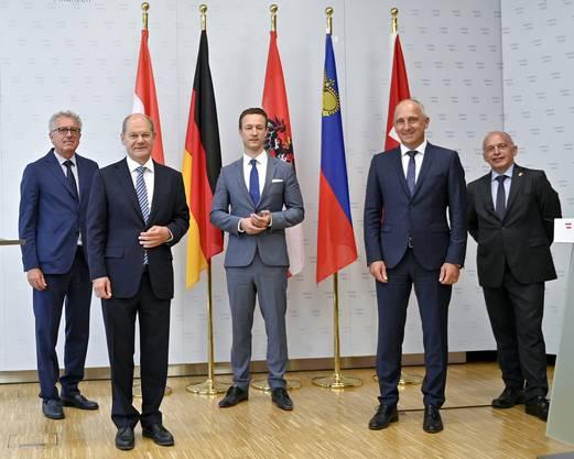 Eine von zwei Auslandreisen von Ueli Maurer während der Coronazeit: Maurer in Wien am Treffen der Finanzminister Pierre Gramegna (Luxemburg, von links), Olaf Scholz (Deutschland), Gernot Blümel (Österreich) und Adrian Hasler (Liechtenstein).