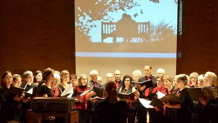 Der Chor besingt das Treffen der Liebespaare