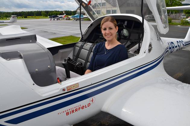 Nadine Hachen hat ihre Piloten-Grundausbildung im Birrfeld absolviert