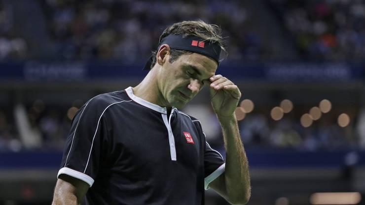 Roger Federer will seine Verletzung nicht als Erklärung für die Niederlage in den Viertelfinals der US Open gelten lassen (Bild: AP Photo/Seth Wenig).