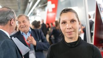 Gianna Molinari (30) beim Schweizer Empfang an der Frankfurter Buchmesse. Während sie Lesungen für das deutsche Buch macht, läuft im Hintergrund der Handel mit den Übersetzungsrechten.