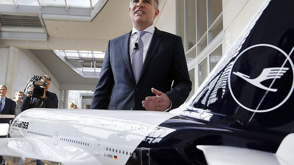 """""""Wir sehen keine Zurückhaltung - im Gegenteil"""": Lufthansa-Konzernchef Carsten Spohr zu den Buchungszahlen inmitten der Klimadiskussion. (Archivbild)"""
