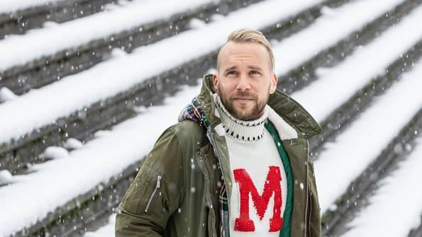 «Als Gegner des FC Aarau habe ich im Brügglifeld nie verloren. Hoffentlich geht das so weiter.» Markus Neumayr auf der Stehplatzrampe im FCA-Heimstadion. Chris Iseli