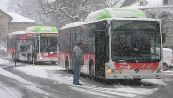 Bus bleibt in Grenchen stecken