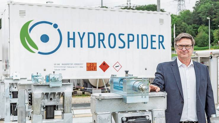 Thomas Fürst ist Geschäftsführer der Firma Hydrospider, die Wasserstoff für die ersten Wasserstoff-Tankstellen der Schweiz produziert.