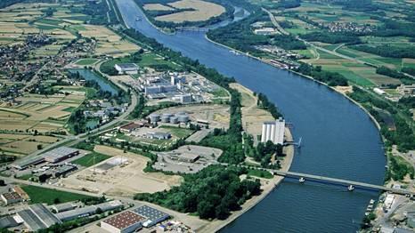 Seit dem Chemieunfall von Schweizerhalle im November 1986 überwacht die Station die Qualität des Wassers