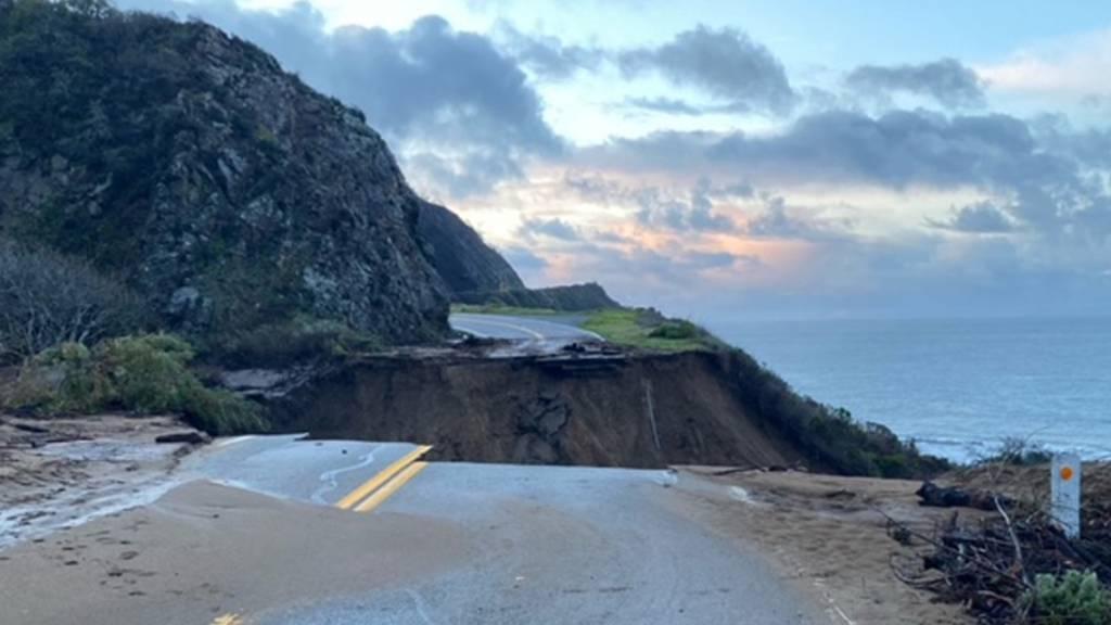 Highway 1 in Kalifornien gesperrt - Strasse weggebrochen