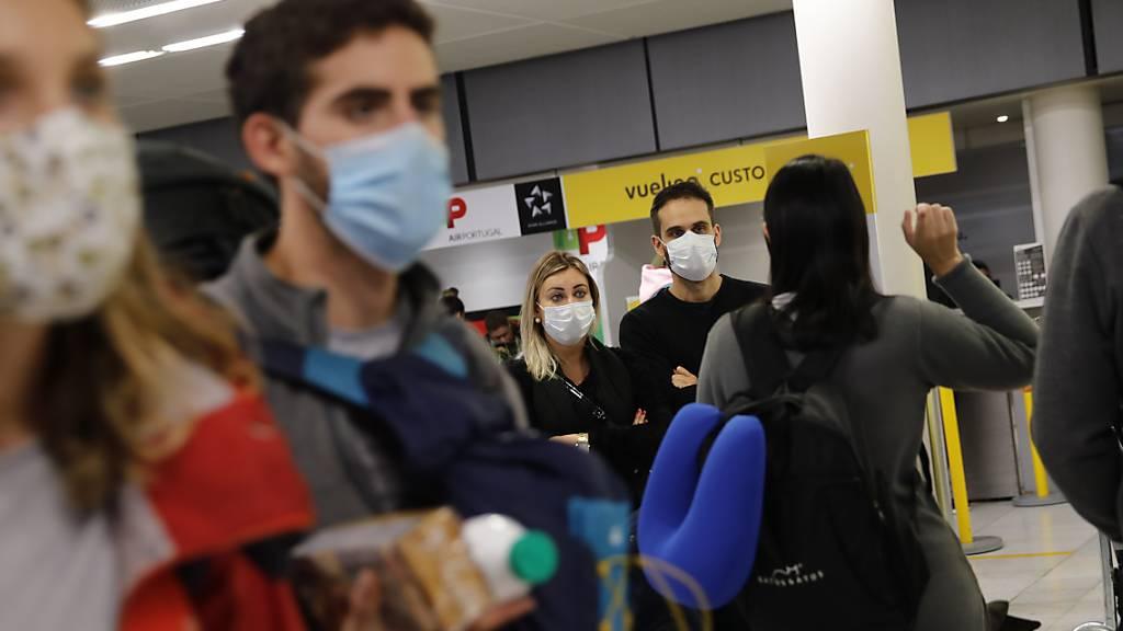 Tausende Schweizer sitzen im Ausland fest