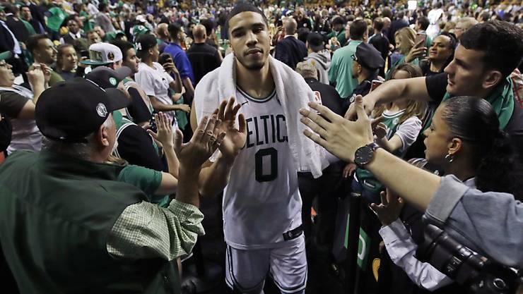 Gefeierter Mann nach dem Heimsieg gegen Cleveland: Bostons Jayson Tatum