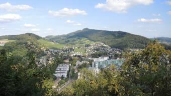 Aussicht vom Martinsberg-Chänzeli über Baden – diese und ähnliche Aussichten erwarten uns auf dieser Abendwanderung.
