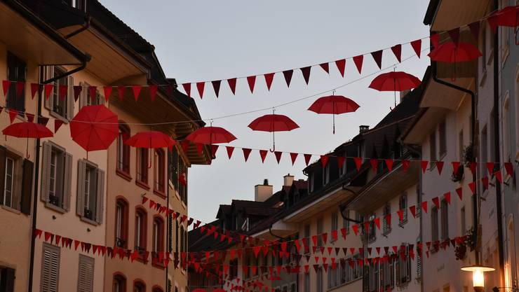 Sie waren ein Hingucker: Die schwebenden Schirme.