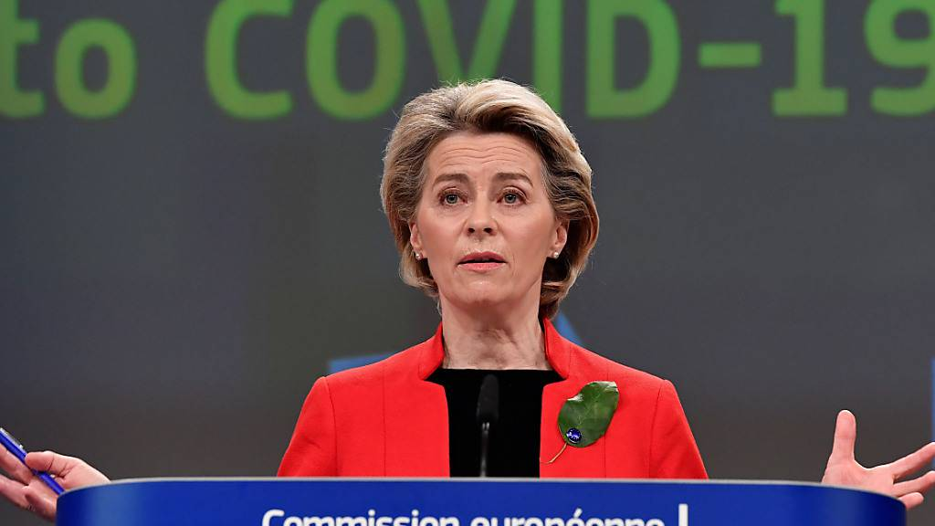 Ursula von der Leyen (CDU), Präsidentin der Europäischen Kommission, spricht während einer Pressekonferenz über die Reaktion der EU-Kommission auf Covid-19 im EU-Hauptquartier in Brüssel. Foto: John Thys/Pool AFP/dpa