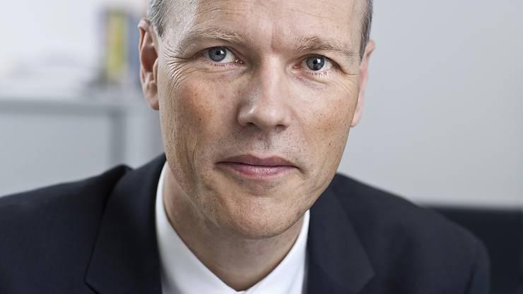 Bei KOF-Chef Jan-Egbert Sturm hat die Skepsis über die wirtschaftliche Entwicklung der Schweiz im laufenden Jahr zugenommen. (Archivbild)