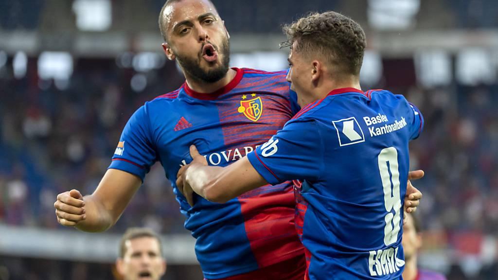 Basel bringt sich mit späten Toren in gute Position