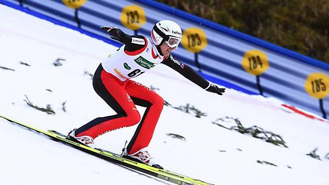 Nach missratenem ersten Sprung: Platz 11 für Simon Ammann