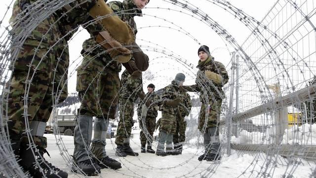 Armeeangehörige in Davos im Einsatz