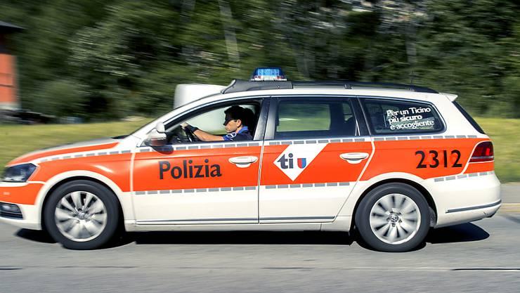 In Locarno ist am Dienstagabend eine 52-jährige Frau tot in ihrer Wohnung aufgefunden worden. Ein Mann wurde festgenommen (Symbolbild)