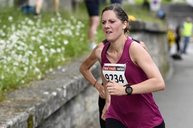 Maja Hügli lieferte sich mit ihren Konkurrentinnen ein Kopf an Kopf Duell.