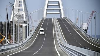 Die Brücke, welche die Krim mit der gegenüberliegenden südrussischen Halbinsel Taman verbindet, ist nun die längste Brücke Europas.