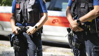 Teile der Schutzausrüstung der Zürcher Kantonspolizei werden für 1,7 Millionen Franken erneuert. (Symbolbild)