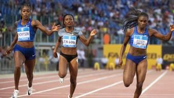 Die Perspektive täuscht: Elaine Thompson (links) war schneller als Dina Asher-Smith (ganz rechts).