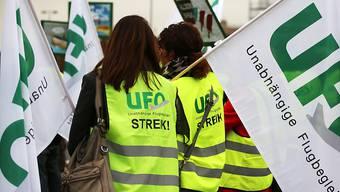 Wollen mit einem Streik Verbesserungen bei der Teilzeitarbeit erreichen: Flugbegleiter der Lufthansa-Tochter Germanwings. (Archivbild)