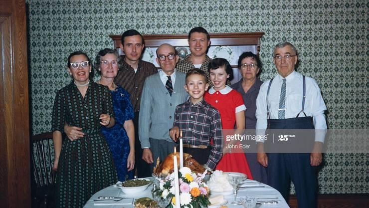 Oft trügt der Schein: Die Familie ist nicht immer der Ort, wo wir uns geborgen fühlen. (Symbolbild / Getty Images)